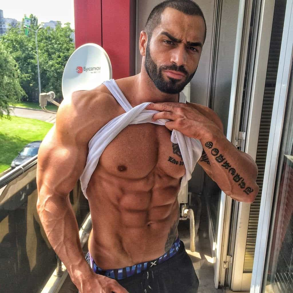 Hot Abs Model Lazar Angelov Working Out for Shoulders