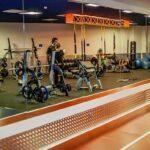 fitness hut trindade ginásio