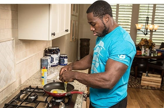 what to eat for breakfast to gain muscle mass