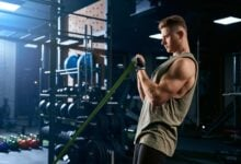 biceps and triceps raise arms