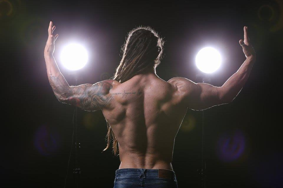 flavio martins back gym